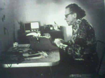 Charles Bukowski sex oral